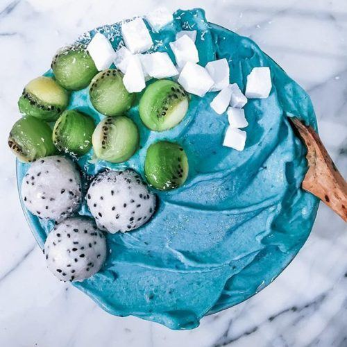 Ocean Reef-Inspired Smoothie Bowl