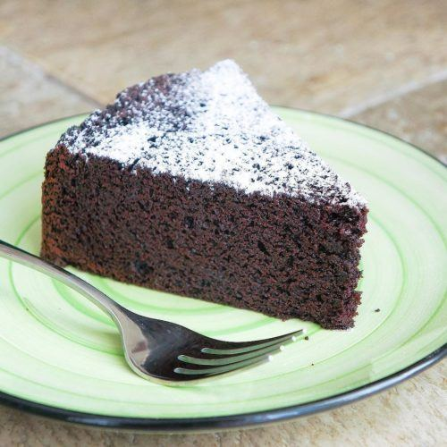 Purists' Chocolate Cake