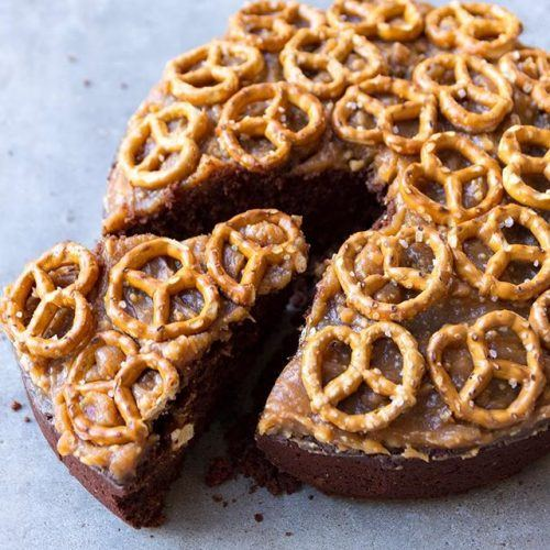 Chocolate Cake with Peanut Butter Icing and Pretzels